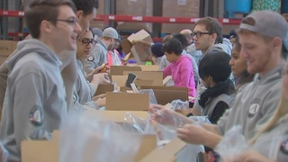 People mark MLK Day by volunteering at food bank