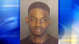 Police: Man found in possession of 10 bricks of heroin during traffic stop