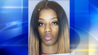Woman arrested after chase, crash on Pittsburgh