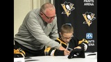 Photos: Penguins 'sign' 5 Make-A-Wish kids to… - (2/31)