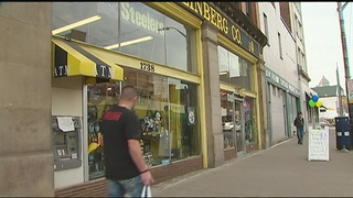 Customers celebrate Mike Fineberg Day; longtime store slated to close