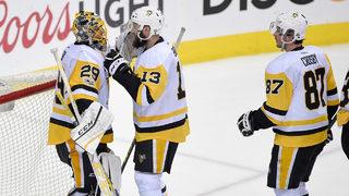 Crosby scores twice, Bonino has winner as Pens beat Caps