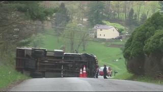 Utility worker dies in fall from bucket truck