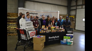 PHOTOS: Giant Eagle donates to Greater Pittsburgh Community Food Bank