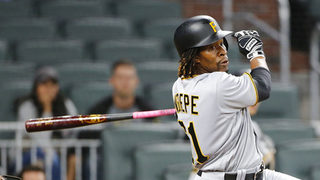 Pirates explode for 7 runs in 10th inning to stun Braves