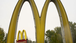 Kind act spreads to 167 drivers at McDonald