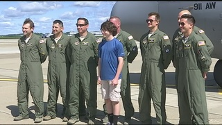 Teen with scoliosis sworn in as pilot for a day at 911th Airlift Wing