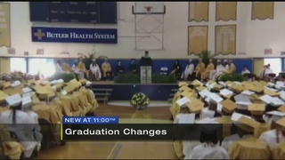 District changes graduation attire to prevent gender identity issues