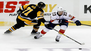 Crosby scores twice, leads Penguins past Panthers 4-3