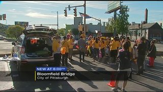 Group wants to make Bloomfield Bridge safer for pedestrians