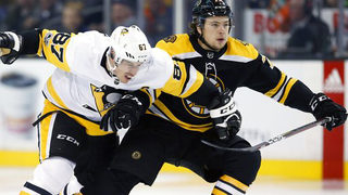 Pens fall to Bruins 4-3 in Boston