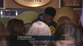 JuJu Smith-Schuster takes kids to movies