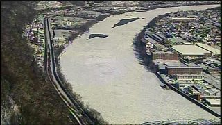 Massive sheet of ice on Allegheny River making communities nervous