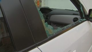 Car thief smashes windows, steals guns