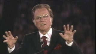 VIDEO: Rev. Billy Graham dies at age 99