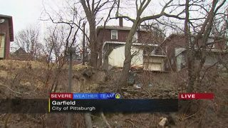 Landslide forces people from the homes in Garfield