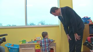 Mario Lemieux Foundation dedicates new playroom at UPMC outpatient center