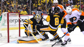 Flyers score late to stay alive in the series with 4-2 win