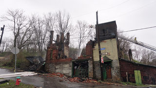 Intense fire engulfs abandoned Pittsburgh church