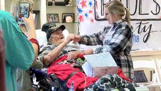 VIDEO: Sorority sisters dance with WWII veteran