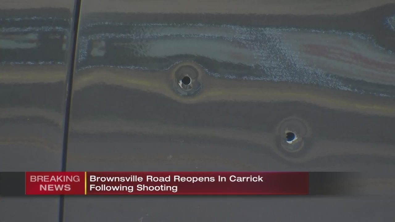 8ec4ee09182 CARRICK SHOOTING  Person shot on busy Carrick road