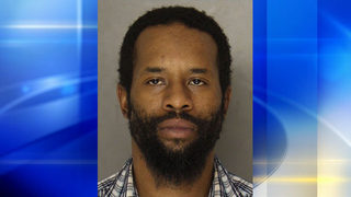 Man shot by police after running from officers, pulling gun in Pittsburgh