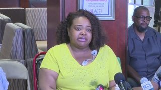 Woman talks about surviving duck boat accident that killed 17