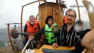 Finnish inventor sails his sauna to Estonia