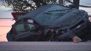 Fatal crash shuts down road in West Mifflin