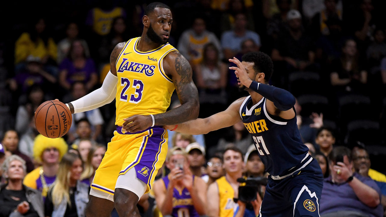 635f06fedbb Lebron James captivates crowd in his Los Angeles Lakers debut | WPXI