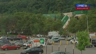 How much did the cleanup for train derailment at Station Square cost?
