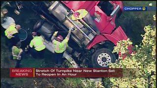 Fatal crash closes eastbound Pa. Turnpike