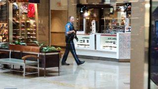 RAW VIDEO: Shooting at Philadelphia mall
