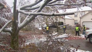 LIVE UPDATES: Thousands without power after snow, ice bring down trees, wires