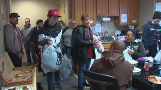 400 blankets, other cold weather items donated to homeless shelters around Pittsburgh