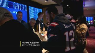 Long lines at Rivers Casino for first Steelers home game since sports betting began