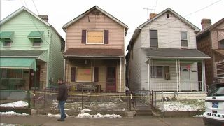 10 adults, 7 children displaced by fire that destroyed 3 homes