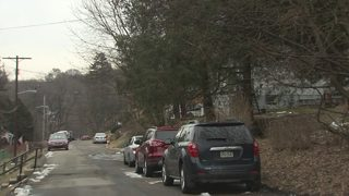 Man critically hurt in stabbing on Pittsburgh street