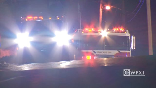 2 rushed to hospitals after crash in Fayette County | WPXI
