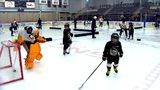Sidney Crosby skates with Little Penguins