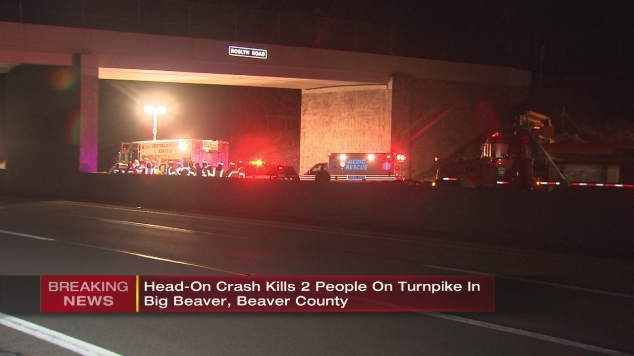 TURNPIKE CRASH: 2 killed, 4 others injured in head-on crash on