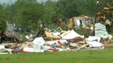 VIDEO: Tornadoes lash Mississippi