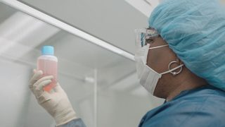 VIDEO: Doctors cure