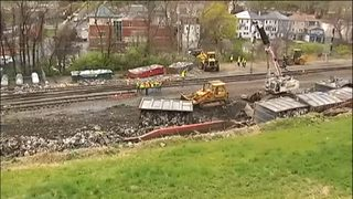 VIDEO: Garbage train derails
