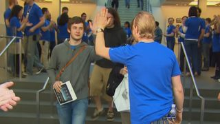 VIDEO: Thursday is National High Five Day