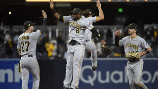 Reynolds homers, Lyles fans 12 in Pirates