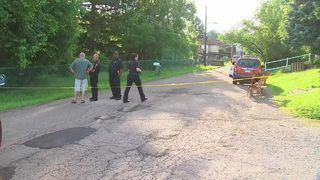 Police investigating 2 shootings in 2 Pittsburgh neighborhoods