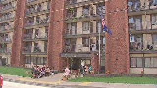 Tenants at New Kensington apartment complex meet to discuss roach problem