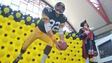 Franco Harris and George Washington statues unveiled at Pittsburgh Airport