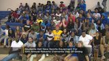 Pirates honor Roberto Clemente by donating sports equipment to local students